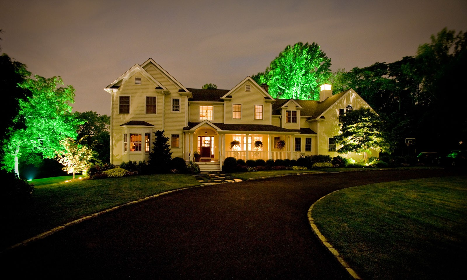 landscape uplighting in Connecticut